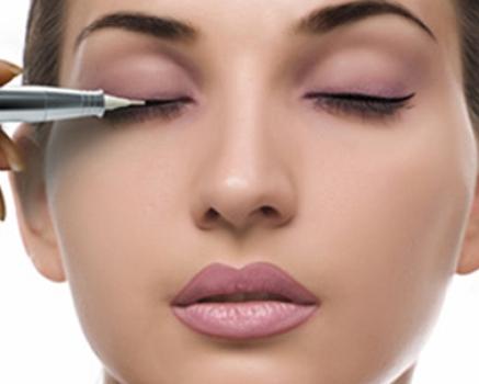 Перманентный макияж век и губ фото