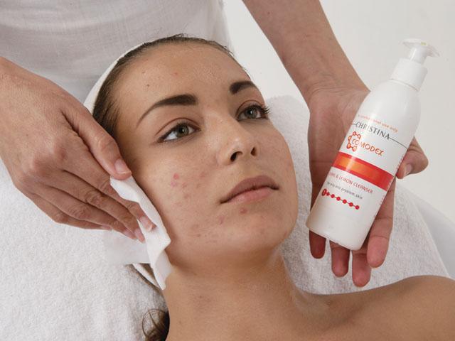 Чистка лица для проблемной кожи